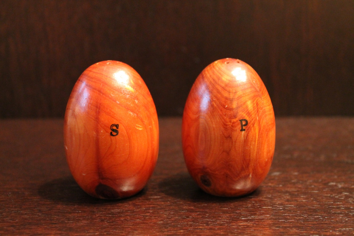 Retro teak wood egg salt pepper shakers - Egg shaped salt and pepper shakers ...