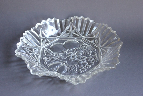 Federal Glass 11 Inch Crimped Ruffle Round Bowl Serving Plate