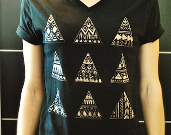 Triangle Design - Tank Top & T-Shirt
