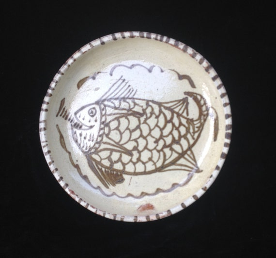 Decorative Mexican Hand Thrown Inch Plate With Fish