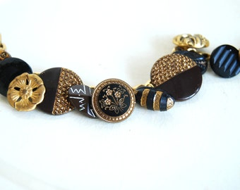 Vintage Button Jewelry, Victorian Button Bracelet, Black Glass Gold Luster, Brown Buttons, Curb Chain, Eco Friendly Jewelry, Women Accessory