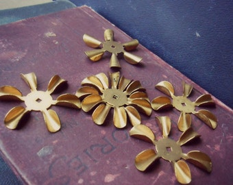 6 vintage brass stacking flower blossom - six petal brass old new stock finding bead cab