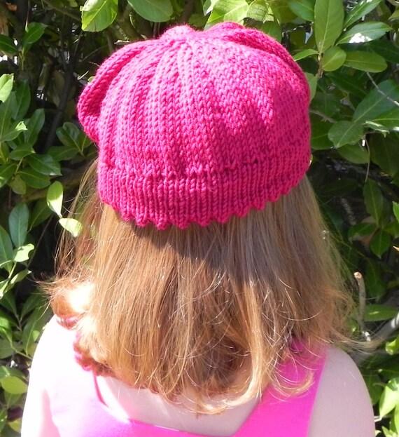 Raspberry Beret Knitting Pattern from MadameSegneri on ...