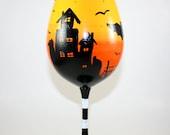 Halloween Wine Glass, Haunted House, Spooky, Bats