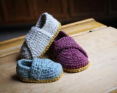 Crochet Pattern - Little Wrap Slippers (newborn to toddler)