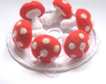 Woodland baby mobile 6 red and white Mushrooms  Alice in wonderland nursery decoration baby crib decor felted crochet
