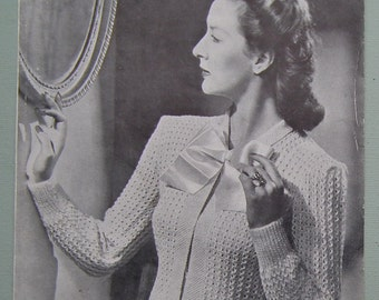 Vintage Knitting Pattern 1940s Women's Cardigan Bed Jacket Bedjacket 40s original pattern - Templeton's No. 770 UK - WW2 style bedroom wear