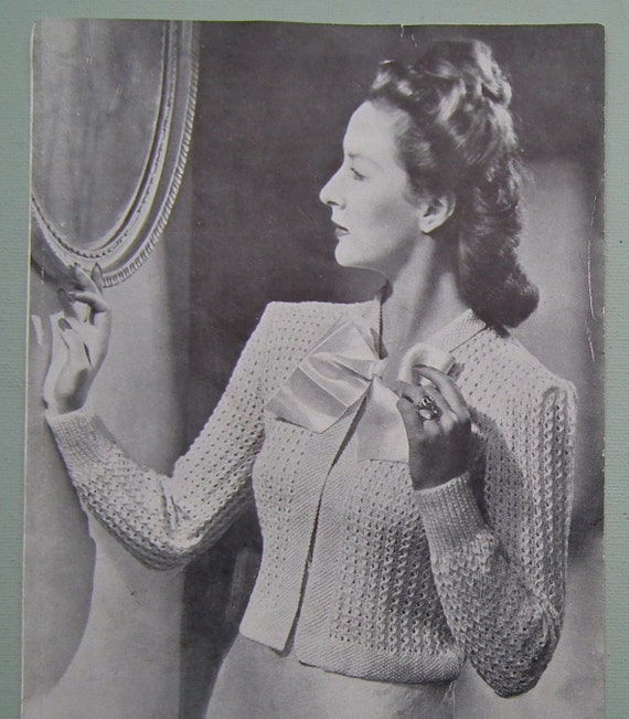 Vintage Knitting Pattern 1940s Womens Cardigan Bed Jacket