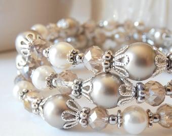 Memory Wire Bracelet, Beaded Bangle, Beige Bridesmaid Bracelet, Swarovski Pearl Wedding Jewelry