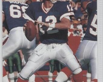 Official 1991 NFL JIM KELLY Pro Set Football Card for Buffalo Bills Hall of Famer