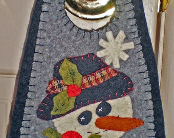Oley Valley Primitives  SNOWMAN  Penny Rug Door Knob Hanger Digital Download