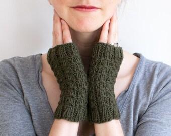 Wool Knit Fingerless Gloves, Fingerless Mittens in Dark Green Wool, Merganser Mittens (A09)