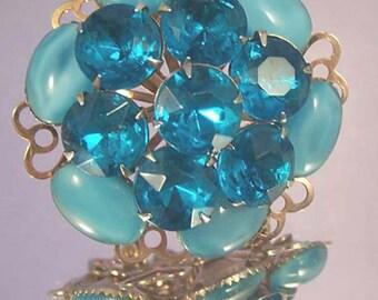 Vintage Floral Brooch / Blue Rhinestone Brooch / Blue Glass Brooch / Blue Rhinestone Pin