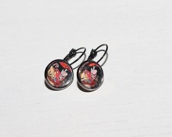 Deadly Kiss - Vampire Gunmetal Earrings