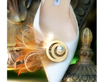 Shoe Clips Golden Feathers & Swirl. Bride Bridal Bridesmaid Couture, Maid Matron of Honor, Steampunk Statement Edgy, Ivory Off White Pearl