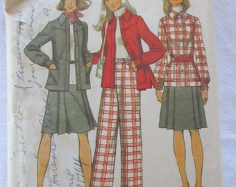 vintage SIMPLICITY 5455 --Misses unlined shirt-jacket, skirt, and pants--  size 10 (1972)