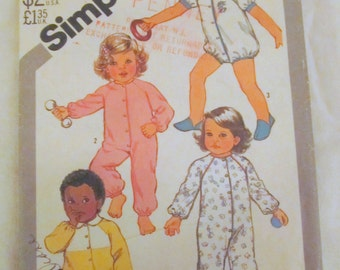 vintage SIMPLICITY 5593 --TODDLER PAJAMAS in 2 Lengths (size 3) --1982