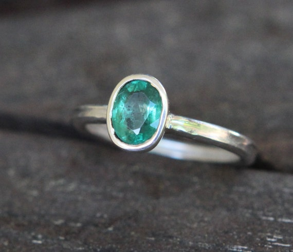 Hammer Forged .85ct Natural Dark Green Zambian Emerald And Argentium Sterling Silver Ring SZ 7
