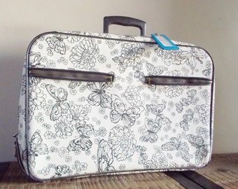 Vintage Black and White Butterfly Zip Up Suitcase