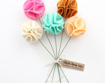 Felt Pom Pom Flowers Bouquet (5 in colors of your choice)