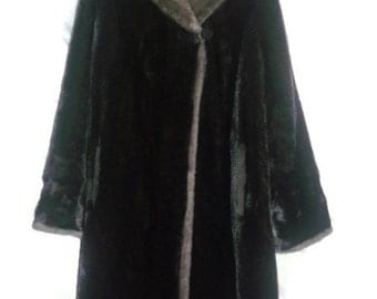 Vintage Womens Faux Fur Coat