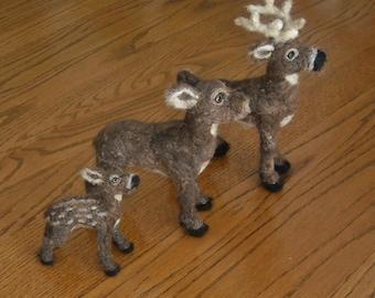 Deer family figure set - needle felt stag, doe, and fawn - Needle felt wildlife set - woodland