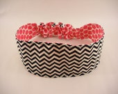 Womens handmade elastic reversible black and white chevron pattern and pink dots pattern sewn fabric headband