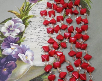 Fabulous 1920s Square Red Glass Flapper Bead Necklace    KAE14