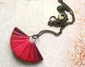 Ombre fan necklace polymer clay pendant necklace burgundy red dark pink color progression elegant necklace