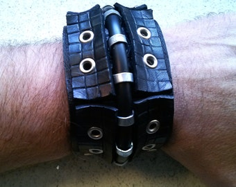 MenageDetroit Shinobi Leather Cuff