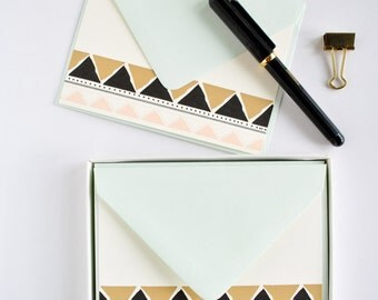 Triangle Pattern Card