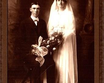 Photograph Vintage Wedding Couple