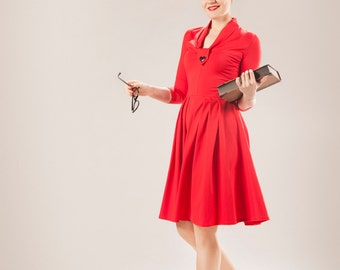 SALE Red dress in red cotton jersey, with a swing skirt and a heart button, Size Small / day dress / office dress /