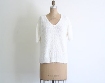 SALE || 1980s ivory cotton sweater / Puffy Shoulders - vintage 80s / soft white