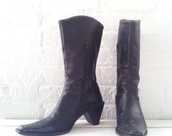 Black Boots 7.5 Vintage Cowboy Boots Pointy Toe Chunky Heel Mid Calf Goth Witch Italy Leather 90s Snake Skin Enzo Angiolini Western Boots