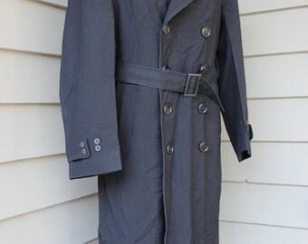 vintage 1940's WWII era U.S. Navy top coat. Double breasted - Belted waist - Wool Gabardine. Size 38 - 42