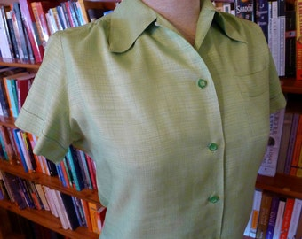 Classic 1950s Apple Green Textured Rayon Blouse with button loop by 'Graff Californiawear'--S, M