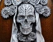 Dia de los Muertos, White Finish