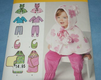 New Simplicity  Baby Bibs Capelet and Blanket Wrap. size xxxs - large 1564