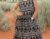 Tribal India - 90s Grunge Vintage Maxi Jumper Dress, Black White Pattern Boho Goth Flowy Rayon Pockets, Womens OSFM / Medium