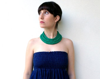 The triple braid necklace - handmade in forest green fabric