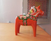 Monumentel Vintage Dala horse by Nils Olsson of Sweden, Marked 1970
