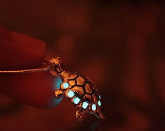 Small TURTLE Pendant GLOW in the DARK