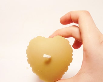 Beeswax Candle - Fluted Heart-  (BURNS FOR 90 HOURS)