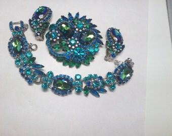D&E aka Juliana Blue Heliotrope, Green Teal and Sapphire Demi Parure   Item No: 15177