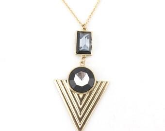 Bright Gold tone Triangle Pendant Necklace,Q2