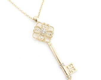 Gorgeous Gold-tone Floral Crystal Key Pendant Necklace,R1
