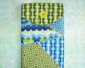 Green and Blue E-Reader Padded Case