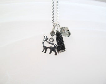 Wolf Charm necklace silver tone, beaded bead peyote stitch and crystals