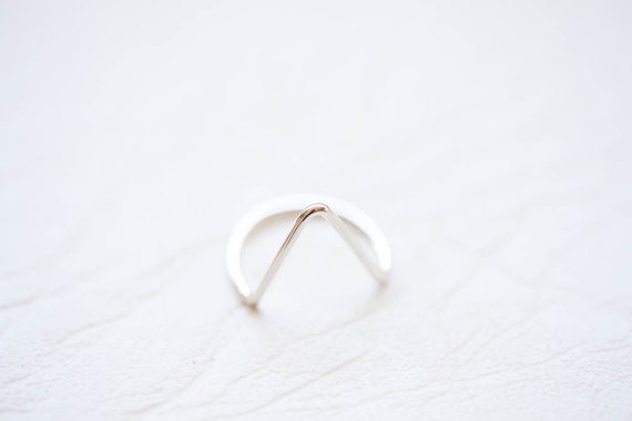 Arrow Ring- Triangle ring - Gifts for her